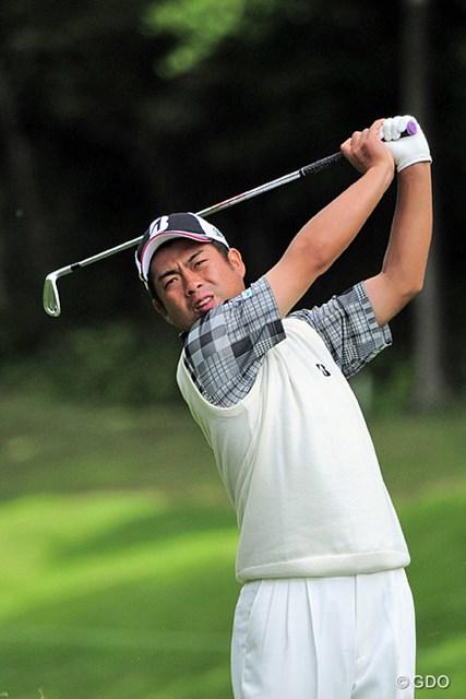 2015年 関西オープンゴルフ選手権競技 初日 池田勇太 今やスリータックの代名詞はこの人ですが、系譜としてはジャンボ→カズ→ユータという流れが正解です。