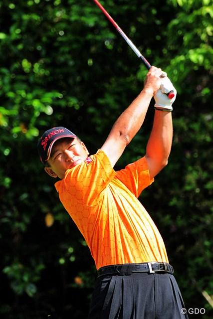 2015年 関西オープンゴルフ選手権競技 初日 細川和彦 「パワーの男:カズ」も久しぶりの好スタートやん!なんちゅうても20年以上スリータックを履いてるのがスゴイ!