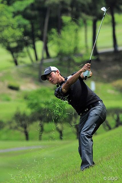 2015年 関西オープンゴルフ選手権競技 2日目 大堀裕次郎 最終ホールは惜しくもボギーとしたんやけど、今日だけで3つ伸ばして21位タイ。関西オープンはお得意様でっか?