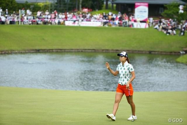 2015年 中京テレビ・ブリヂストンレディスオープン 2日目 上田桃子 惜敗が続く上田桃子は最終日を首位から5打差で迎える