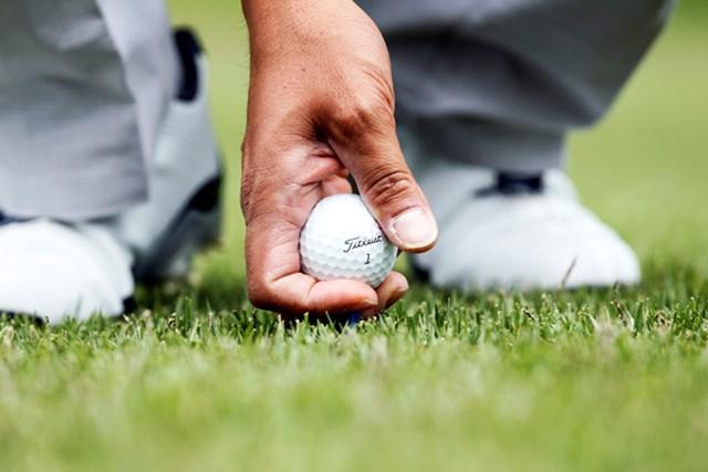 日本のコースで多い「高麗芝」「野芝」は、特にボールが浮きやすい