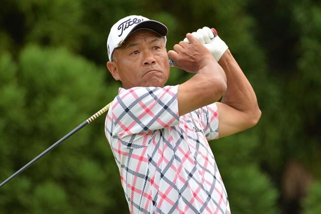 「66」をマークした崎山武志が、6アンダー単独首位でスタートした※画像提供:日本プロゴルフ協会