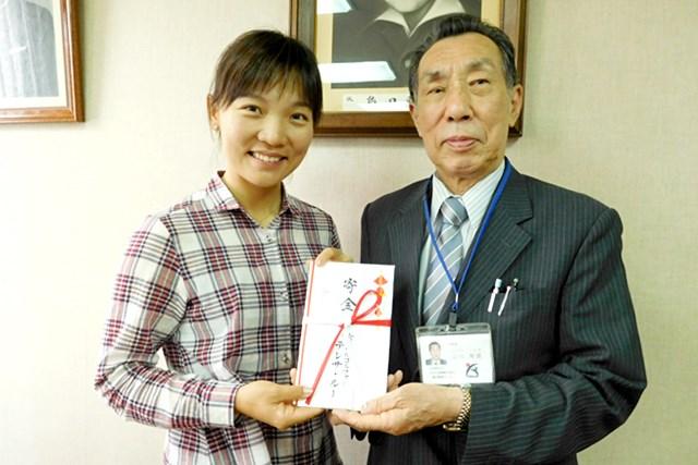 2015年 リゾートトラストレディス 最終日 テレサ・ルー 日本でのチャリティ活動にも熱心なテレサ・ルー。先日は島田療育センターを訪問し、寄付も行った