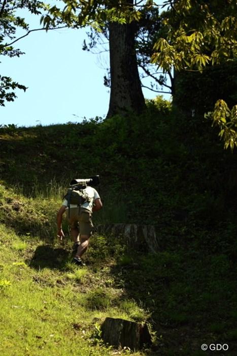 ヨネックスではカメラマンは登山もしなければならない。 2015年 ヨネックスレディス 最終日 カメラマン