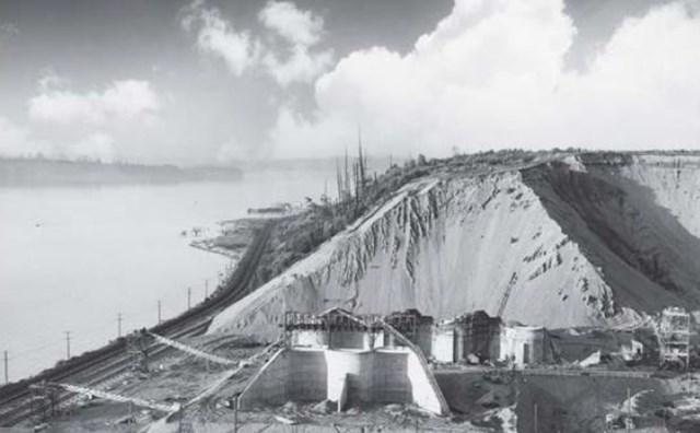 採掘する山はもうそこにはない。だが、コース設計家のロバート・トレント・ジョーンズ・ジュニアは、18番ティの脇に当時の遺跡をそっと残した。(米GolfDigest誌)