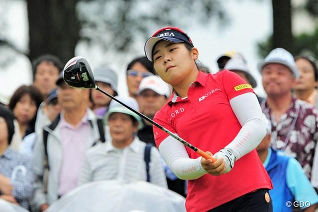 韓国のアマチュア(!)選手で17歳(!!)やそうです。キム・ヒョージュの例もあるからなァ…。5位タイ。