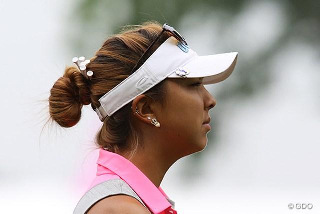 2015年 KPMG女子PGA選手権 初日 アリソン・リー アリソン・リーはティをいっぱい刺してます!