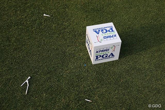 2015年 KPMG女子PGA選手権 初日 ティマーカー 今大会のティマーカー。選手がショットを放った後には、ティの残骸が。