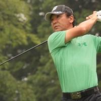 東聡が8バーディ1ボギーの「65」をマークし、7アンダー首位タイの好スタートを切った※画像提供:日本プロゴルフ協会 2015年 スターツシニアゴルフトーナメント 初日 東聡