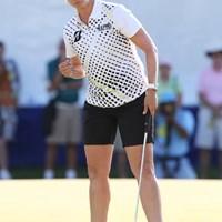 18番でバーディーを決めてガッツポーズのカリー・ウェブ。3位タイです 2015年 KPMG女子PGA選手権 3日目 カリー・ウェブ