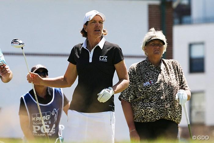 大ベテランのジュリ・インクスター(左)とローラ・デービースが同組 2015年 KPMG女子PGA選手権 3日目 ジュリ・インクスター ローラ・デービース