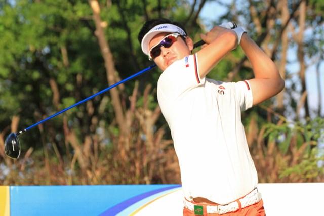 2015年 シンハーコーポレーション タイランドオープン 初日 金亨成 日本ツアーでプレーする金亨成がノーボギーの「65」をマークし、単独首位に立った ※画像提供:JGTO