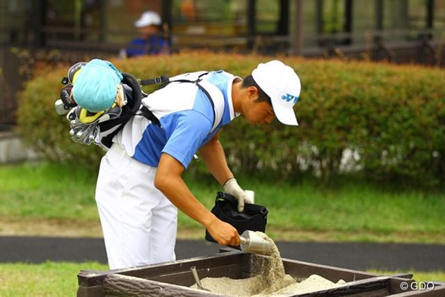 目土袋を持ち歩いているのは、日本チームだけなんですよねぇ