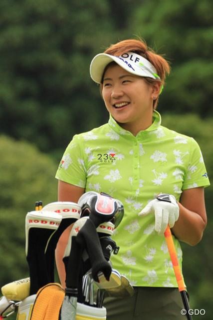 優勝の余韻?プロアマトーナメントで終始笑顔を見せていた成田美寿々