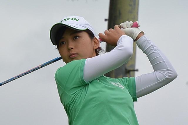 首位タイに浮上した森美穂*日本女子プロゴルフ協会提供