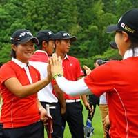 今日も思うようなゴルフはできなかったけど、日本の団体戦勝利を知って笑顔がこぼれました トヨタジュニアゴルフワールドカップ2015 最終日 松原由美