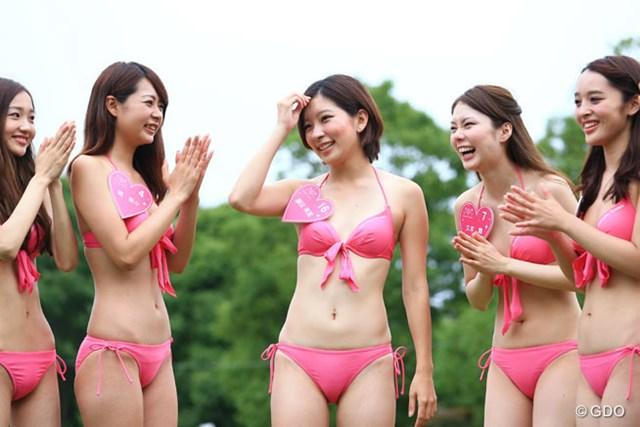藤田美里さんがワンライフモデルオークションの水着審査で8人の中の一人に選ばれました。おめでとう!