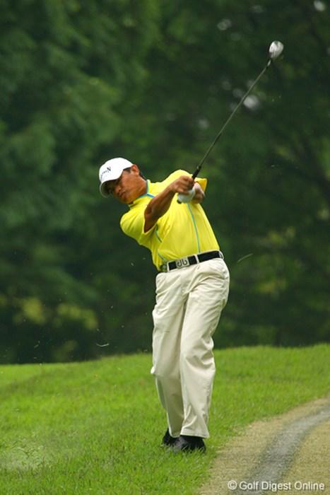 単独3位のフランキー・ミノザ。ラフからのショットもきっちりとピンに絡めた 国内男子 UBS日本ゴルフツアー選手権 2日目 フランキー・ミノザ