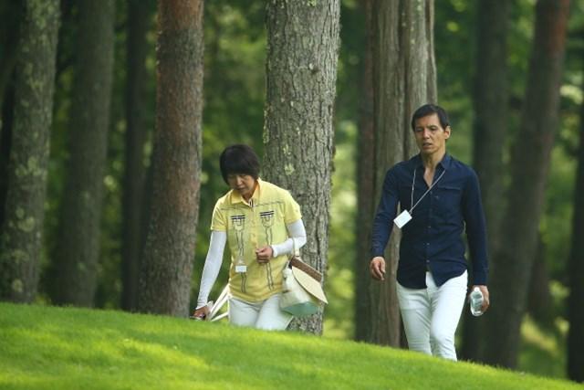 :熱血レポーターの阿部祐二さんと元女子プロの磯村まさ子さん。娘の教育にもしっかりした考えを持っていた