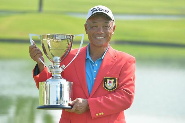 崎山武志が逆転で今季2勝目を飾った※画像提供:日本プロゴルフ協会