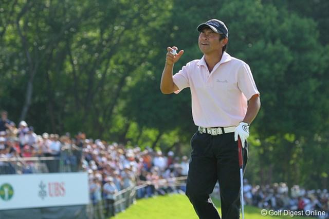 UBS日本ゴルフツアー選手権 宍戸ヒルズ 最終日 五十嵐雄二 最終ホールのパーセーブで安堵の表情をみせる五十嵐
