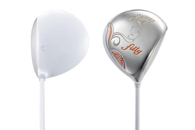 ドライバーは初代モデルからロフト11.5度が追加され、幅広い女性ゴルファーに対応。フェースもシャローになり、球が上がりやすくなった