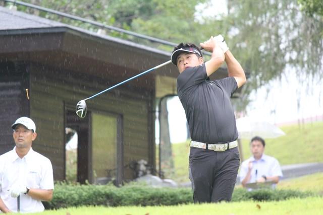 2015年 PGA・JGTOチャレンジカップ in 房総 2日目 岩本高志 9バーディを量産し、首位に並んだ岩本高志