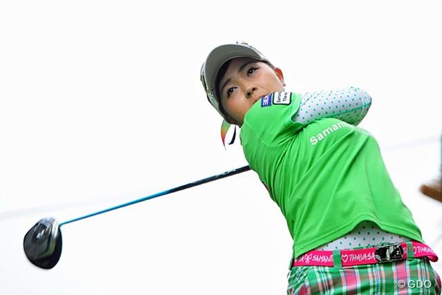 2015年 ゴルフ5レディス 初日 青木瀬令奈 裏街道からスタートして、後半伸ばしてシレッと2アンダーの14位タイ。