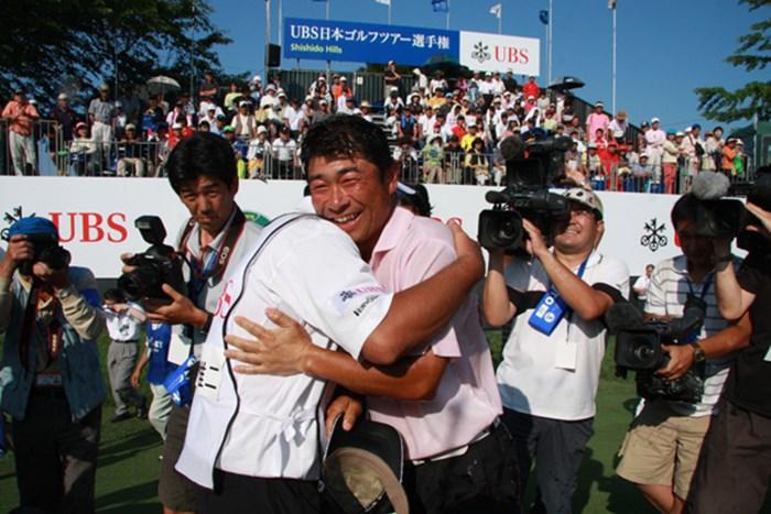 ツアー選手権で初優勝を飾った五十嵐雄二。ゴルフの話よりも蕎麦のほうが熱かったかも 2009年 JGTOプレーヤーズラウンジ 五十嵐雄二