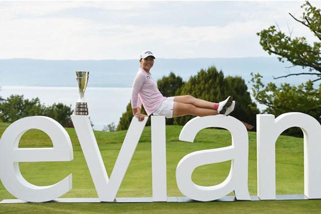 メジャー史上最年少優勝記録を塗り替える18歳4カ月で優勝を飾ったリディア・コー(Stuart Franklin/Getty Images)