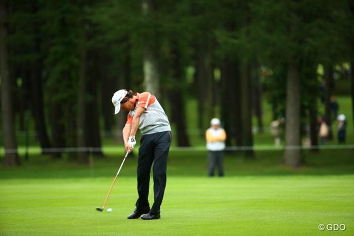 なんか右手の角度がすごいわ。 2015年 ANAオープンゴルフトーナメント 3日目 平本穏