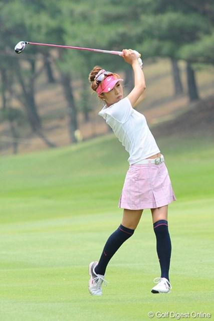 ギャルファーとして、ファッションにも気合を入れる金田久美子