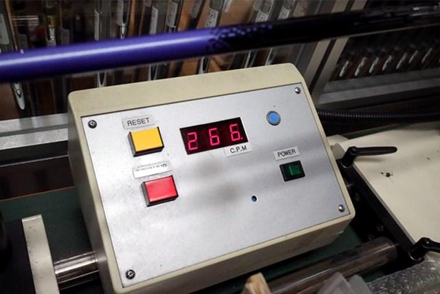 60g台のSフレックスとして、振動数266cpmはやや高めの数値。だがスイングすると、十分にしなりを感じられる