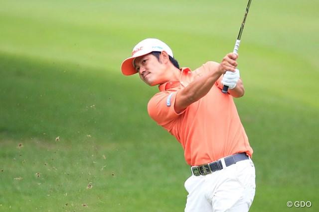 2015年 アジアパシフィック ダイヤモンドカップゴルフ 初日 貞方章男 首位と2打差、4アンダーの2位と好位置につけた貞方章男