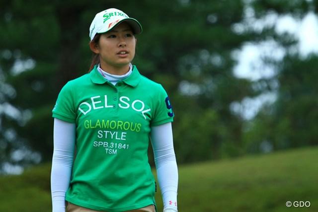 7月にプロテスト合格を果たしたばかりの江原詩織が、初戦で2位タイの好スタートを切った