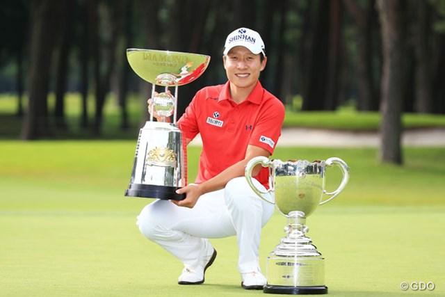 キム・キョンテは今季4勝目を挙げ、獲得賞金1億円を突破した