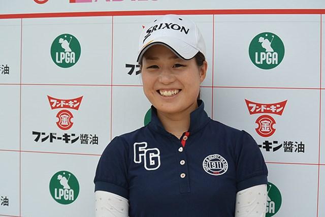 悪天候の中、ツアー初優勝を狙う澤井瞳は単独首位に立った(※日本女子プロゴルフ協会提供)