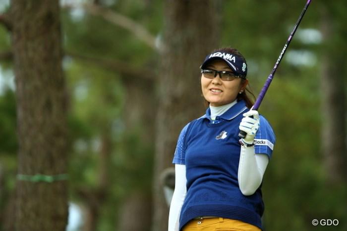 猛烈な風に球をもっていかれ唖然 2015年 日本女子オープンゴルフ選手権競技 初日 藤田幸希