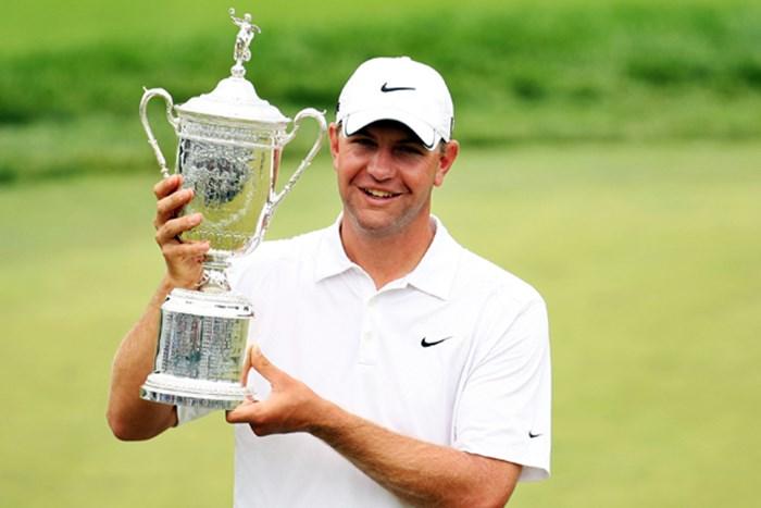 タイガー、ミケルソンらの追随を振り切り、L.グローバーが初のメジャータイトルを獲得!(Ross Kinnaird /Getty Images) 2009年 全米オープン 予備日 ルーカス・グローバー