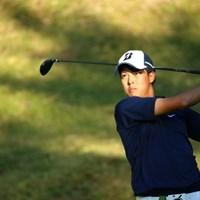 持ってるねー。お顔のとこだけ太陽が。 2015年 日本オープンゴルフ選手権競技 2日目 長谷川祥平