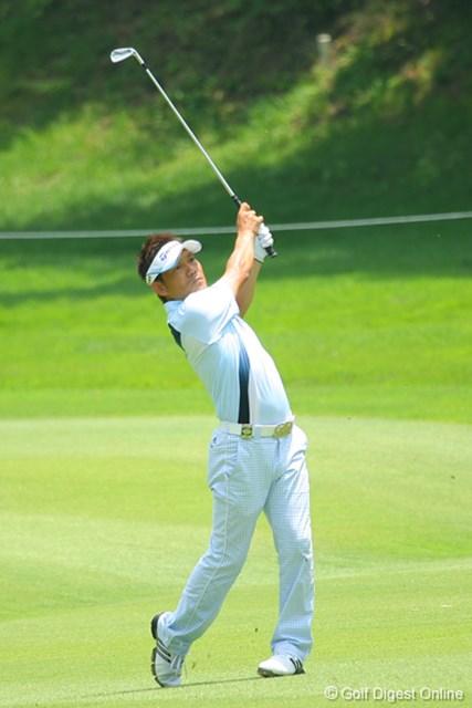 2009年 ~全英への道~ミズノオープンよみうりクラシック 初日 田中秀道 「ちょっと先をみてゴルフをやろう」と、ストレート系の球筋にトライ中の田中秀道。「明日もショットがあばれなければいいですね」