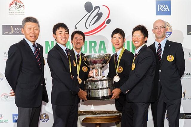 2015年 ノムラカップ アジア太平洋アマチュアゴルフチーム選手権 最終日 日本チーム 気温40度の中での激戦を制し、日本チームが26年ぶりの優勝を飾った(※画像は大会提供)