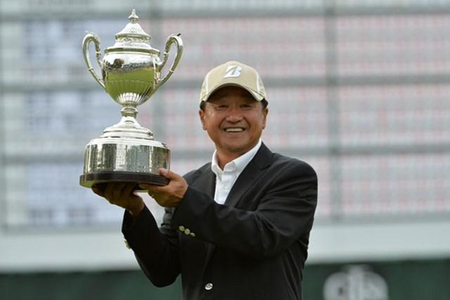2015年 日本シニアオープンゴルフ選手権競技 事前 倉本昌弘 前年は倉本昌弘が最終ホールでバーディを奪い、大会を制覇した。