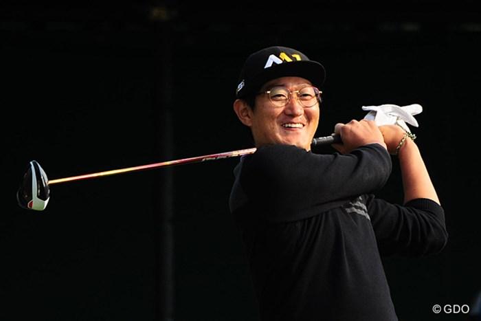 「二ホンツアー タノシデス。オカネカセゲマス」とでも言いたそうな笑顔です。8位タイ 2015年 マイナビABCチャンピオンシップゴルフトーナメント 2日目 ジャン・ドンキュ