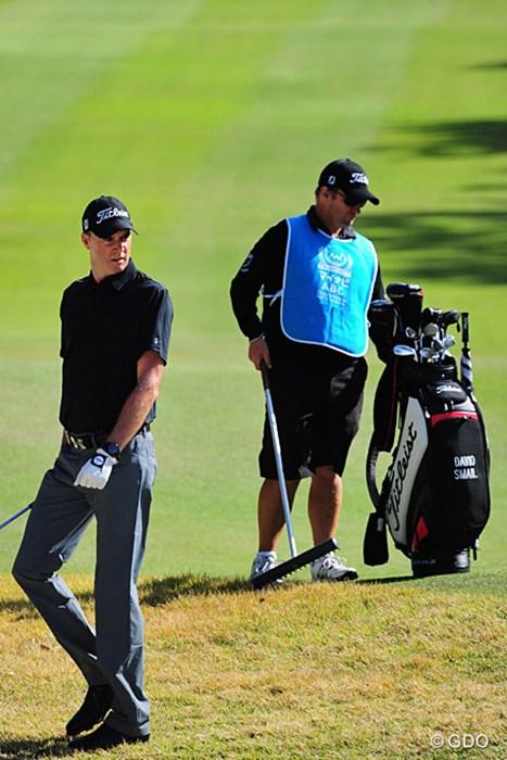 「スメイルヤサシイ」(ジョン)ということで、年内はスメイルを担ぐそうです。二日連続69で13位タイに浮上。 2015年 マイナビABCチャンピオンシップゴルフトーナメント 3日目 デビッド・スメイル