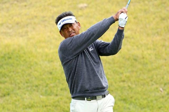 2015年 日本シニアオープンゴルフ選手権競技 3日目 平石武則 平石武則がシニアメジャーの3日目を単独首位で終えた※画像提供:日本ゴルフ協会