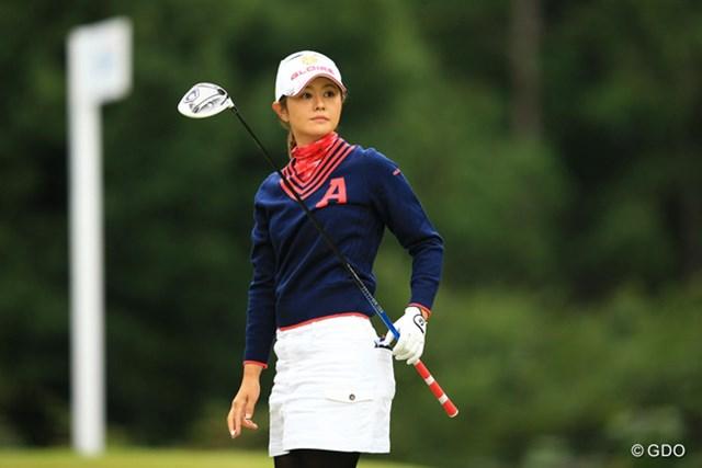 2015年 樋口久子 Pontaレディス 2日目 諸見里しのぶ 諸見里しのぶは粘りのゴルフで上位フィニッシュを目指す