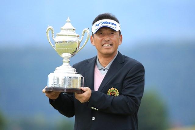 2015年 日本シニアオープンゴルフ選手権競技 最終日 平石武則 平石武則がシニア日本一の座に輝いた※写真提供:日本ゴルフ協会
