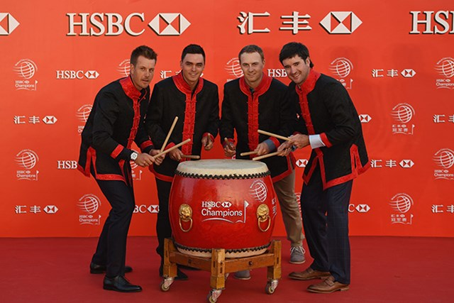'迷'演奏を披露した名手たち。J.スピース(写真:中央右)は「太鼓の技術は改善の余地あり」(Getty Images Sport Ross Kinnaird)