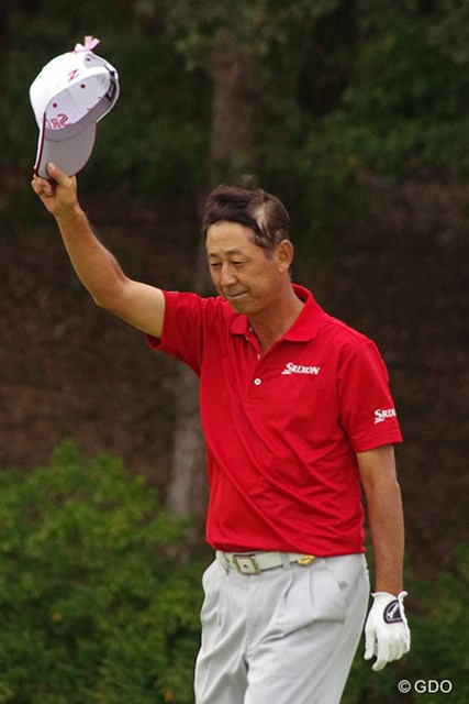 2015年 富士フイルムシニアチャンピオンシップ 最終日 渡辺司 室田淳を2打差振り切って、渡辺司が2年ぶりの通算5勝目を手にした